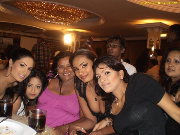 Sri Lankan Party Girls