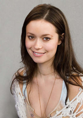 links introducing summer glau a summer glau picture gallery and bio