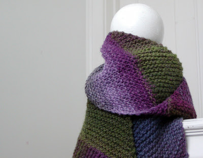 knit spit: Multi-directional Diagonal Scarf