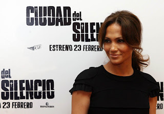 Jennifer Lopez in 'Bordertown' Photocall in Madrid