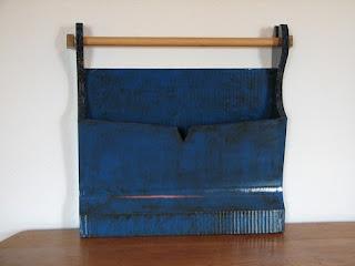 carton bricolage d coration porte revues et papier toilette bleu. Black Bedroom Furniture Sets. Home Design Ideas