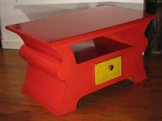 carton bricolage d coration table basse rouge. Black Bedroom Furniture Sets. Home Design Ideas