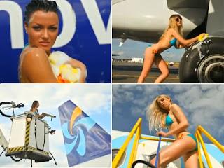 Modelos de biquini lavam avião em comercial