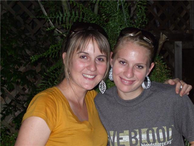 Tara & Dee