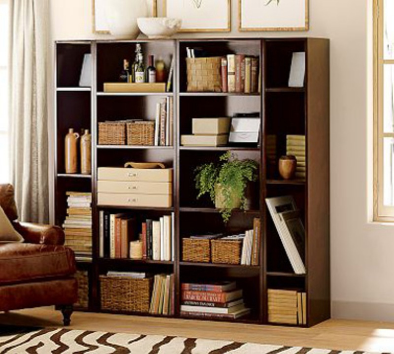 just love this way to decorate a bookcase so i included it