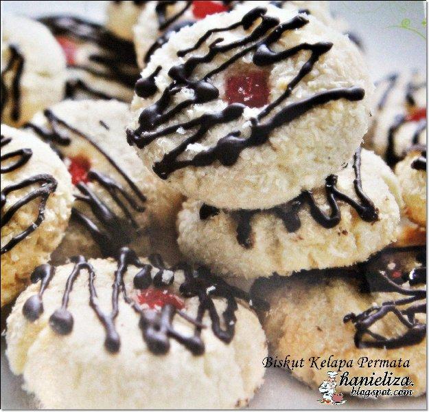 nazifa salam kak liza ade x resepi biskut yang pakai kelapa parut hehe