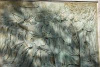 bas-relief of Korean resistance to Japanese occupation in Tapgol Park