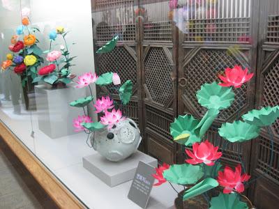Seoul Seollal Festival, Namsangol Village, paper flowers