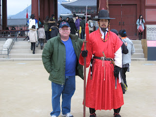 Posing with Guard at Gyeongbokgung