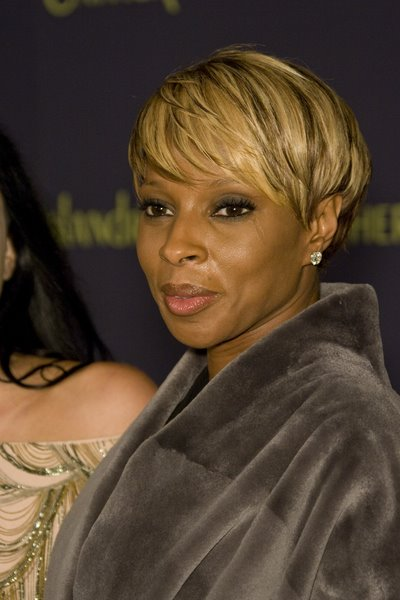 Quick Hairstyles For Short Hair African American : African American short hairstyles for summer trends fall 2010 2011 ...
