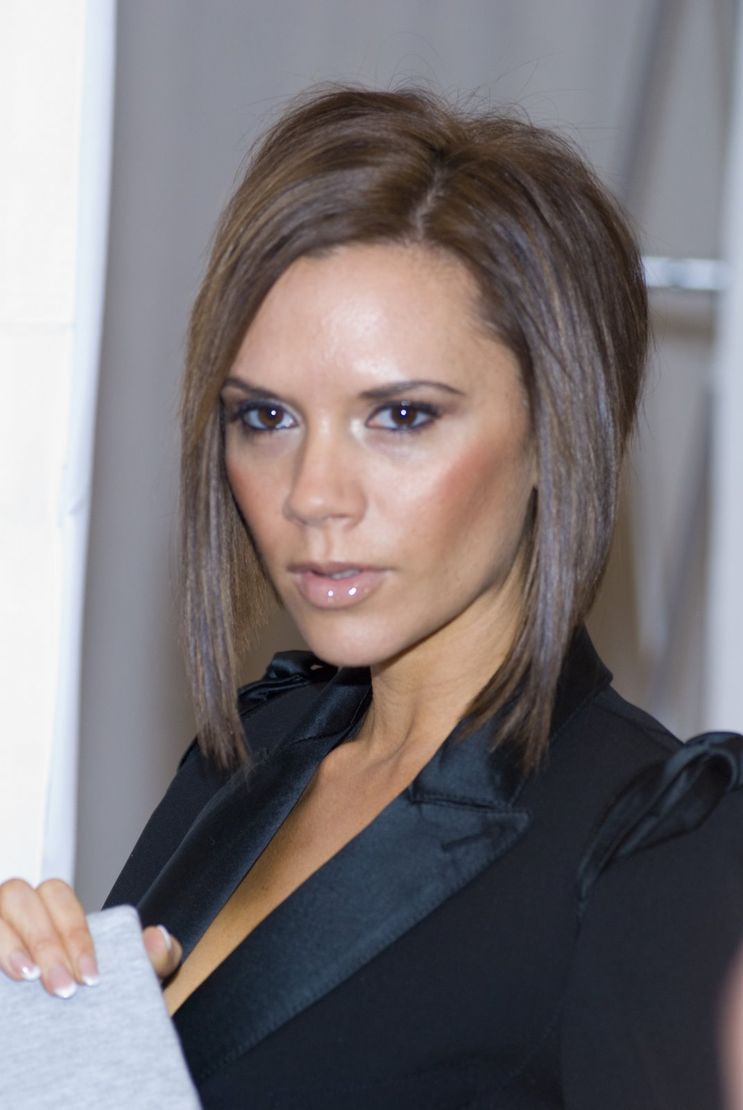 Victoria Beckham Short Bob Haircut