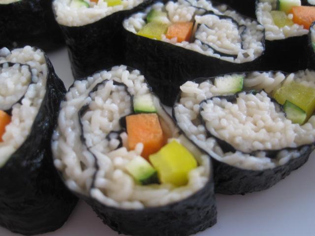 Courtney's Vegan Journal: Soba Noodle Sushi
