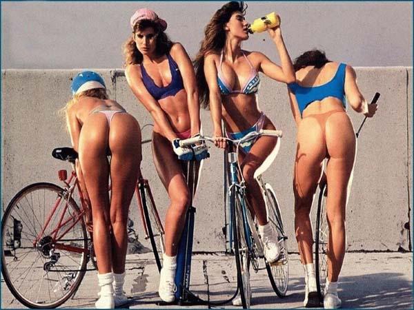 Ljepotice i bicikli Hot%2Bgirls%2Bon%2Bbikes