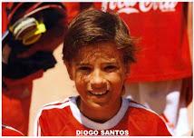 Diogo Santos surge em Publicidade do SLB - A Escola de Futebol do Benfica dos Olivais