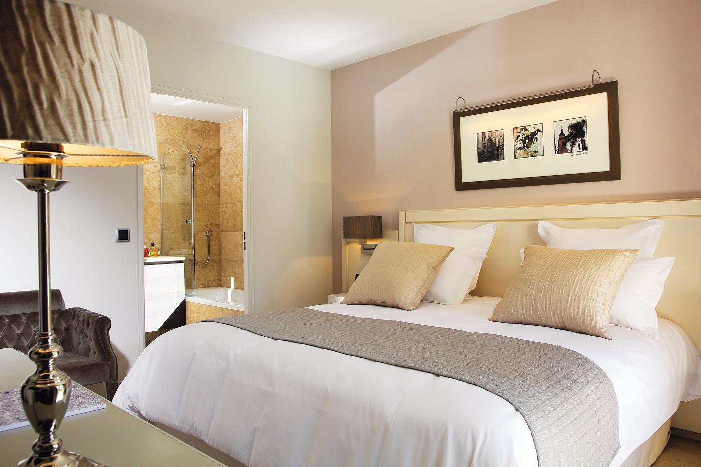 l 39 instant resto mas du grand vallon 06 250 mougins. Black Bedroom Furniture Sets. Home Design Ideas