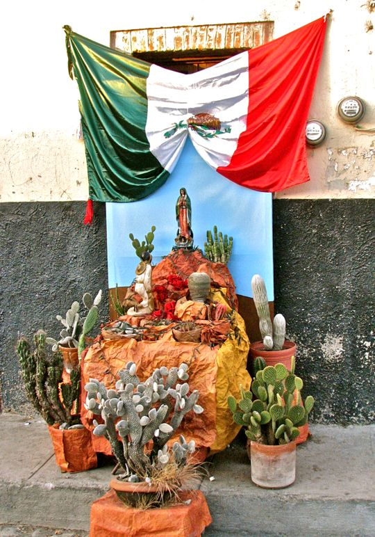 Decoracion Altar Virgen De Guadalupe ~ The Altars to the Virgin and the story of Juan Diego