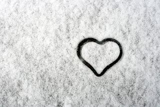 snow heart wallpaper for valentine
