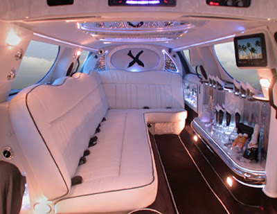 Chrysler 300 XTC Limousine