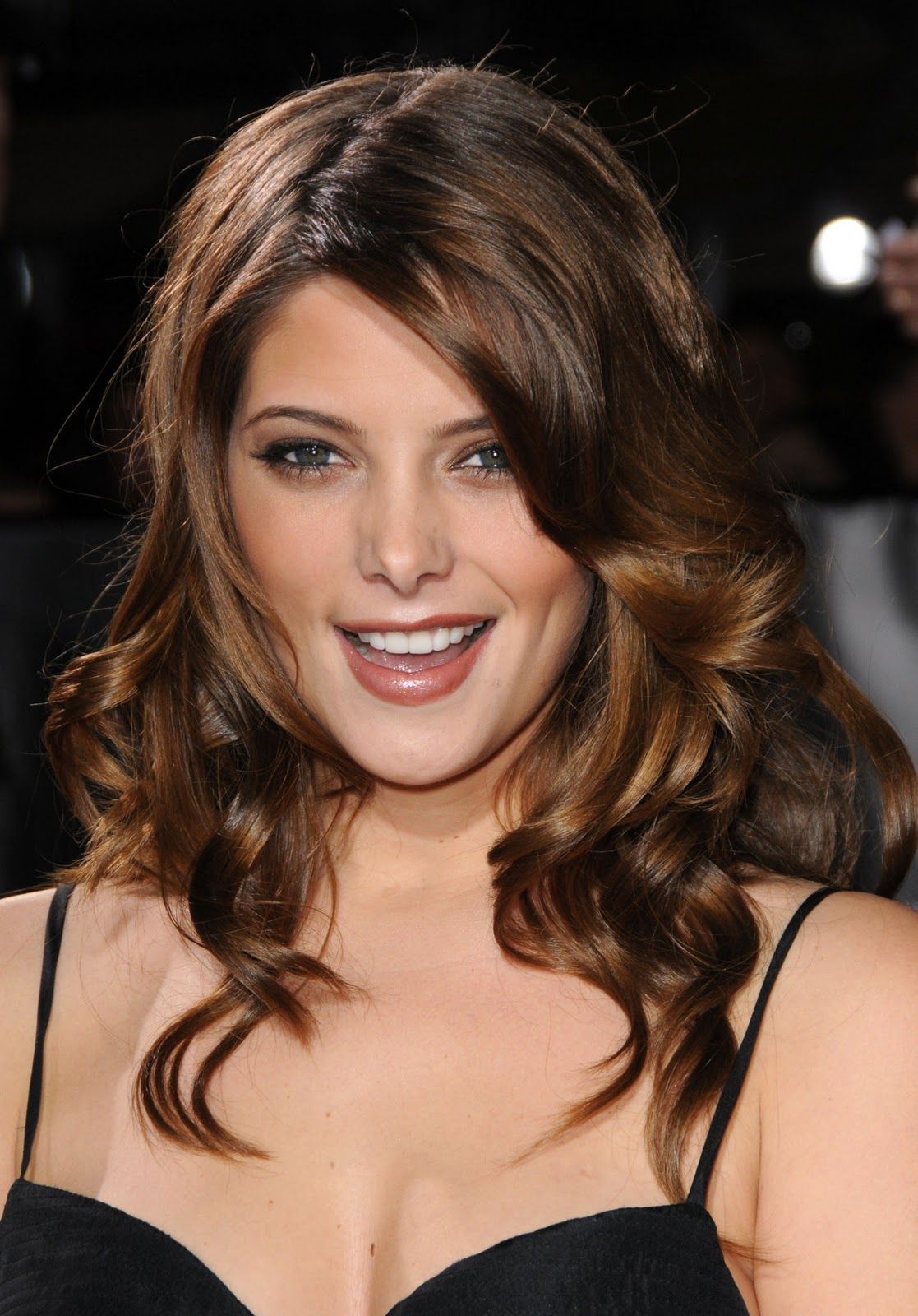 http://2.bp.blogspot.com/_uZ1aNXJOTeY/TOy5Ur6EOYI/AAAAAAAAACE/OQewm4UpR7I/s1600/ashley-greene-1169533.jpg