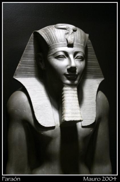 faraon se folla a una nalgona