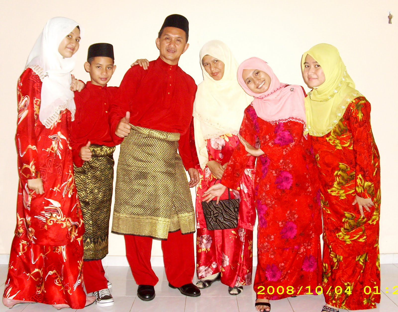 my l0vely family~ :)=