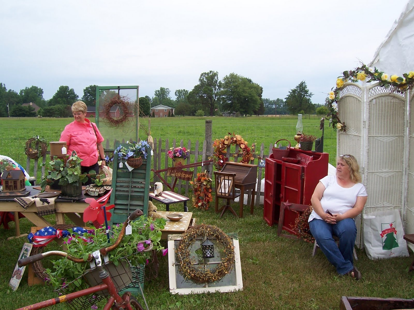 The briar patch folk art gathering - Garden decor stores ...
