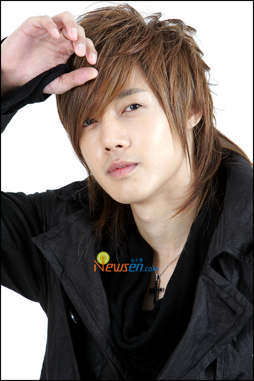 Kim Hyun Joong | Foto Aktor Korea Ganteng