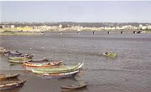 Os botes e a ponte...