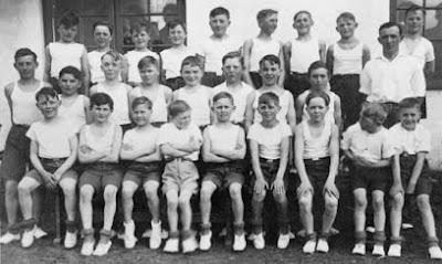 Sierslev Forsamlingshus drengegymnaster 1937 - klik for større billede
