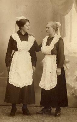 Stuepiger på Juellinge 1918 - klik for større billede