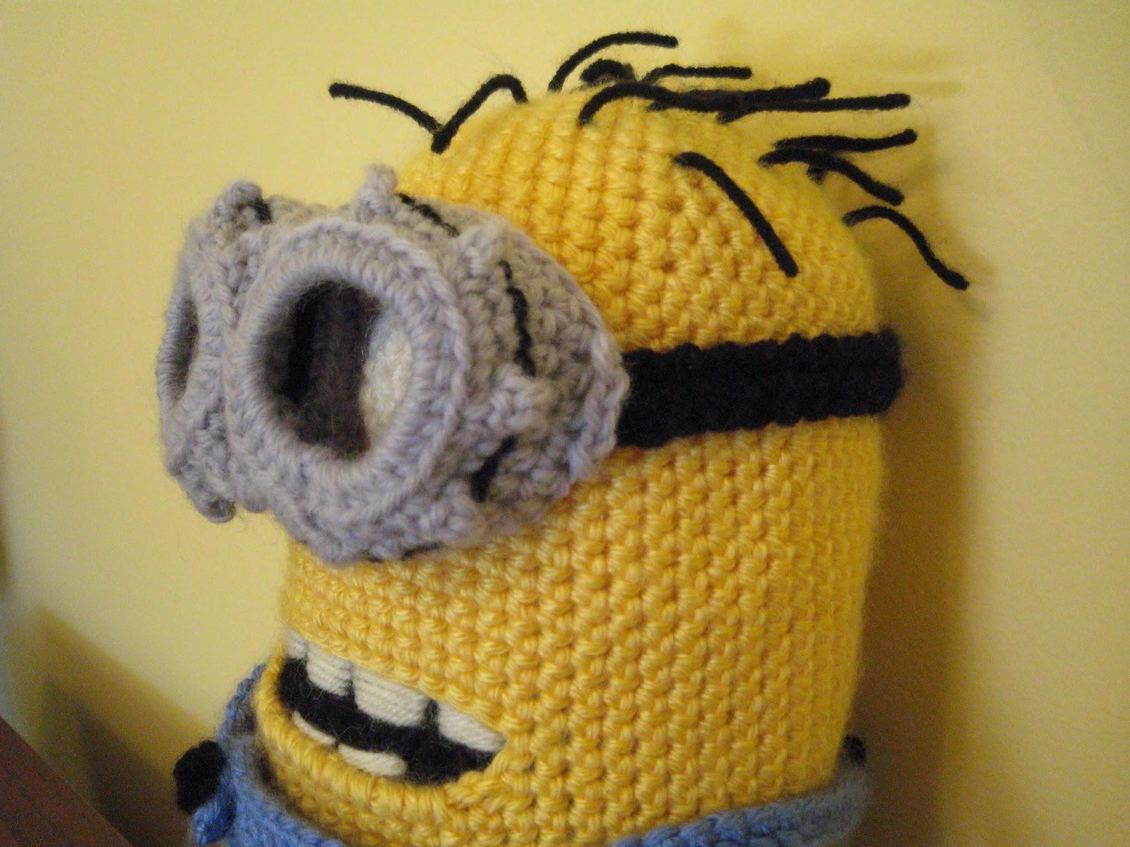 More Than A Mom: Crochet Minion Hats FREE Pattern