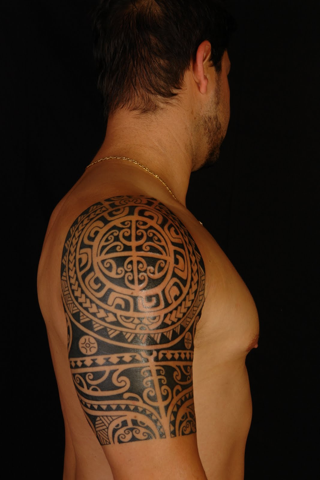 Polynesian Shoulder Tattoo Designs for Men