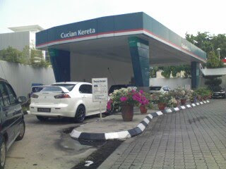 Car Wash in Bandar Utama