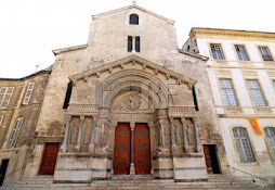 iglesia de Saint Trophime, Arles, Francia