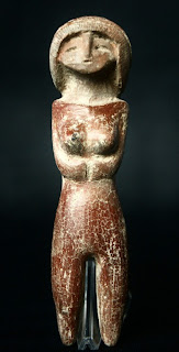 Valdivian pottery goddess