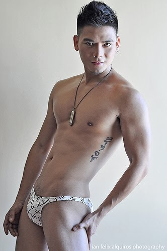 filipino artist naked male