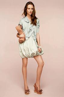 сиво - Облекло, мода, елегантност - Page 2 NINA+RICCI+-+resort+2011+-+15