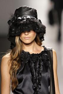 сиво - Облекло, мода, елегантност - Page 2 Lg045