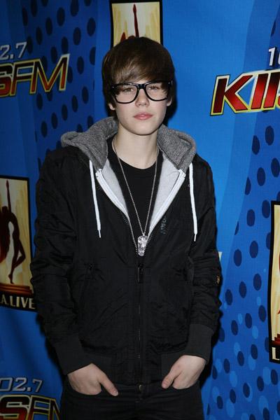 [Justin-Bieber-21.jpg]
