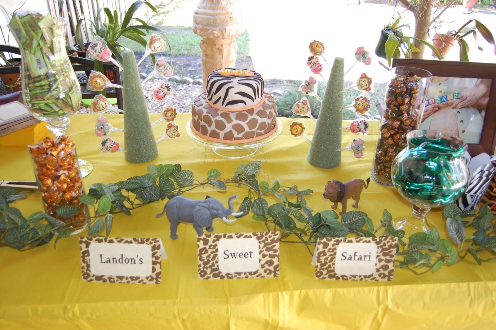 A flawless blog a sweet safari baby shower for Baby decoration safari