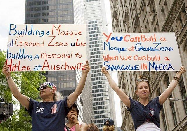http://2.bp.blogspot.com/_ukpSgom50e0/TD_eKqjiEdI/AAAAAAAAAvs/-mdzAnEwGtc/s1600/mosque+protest.jpg