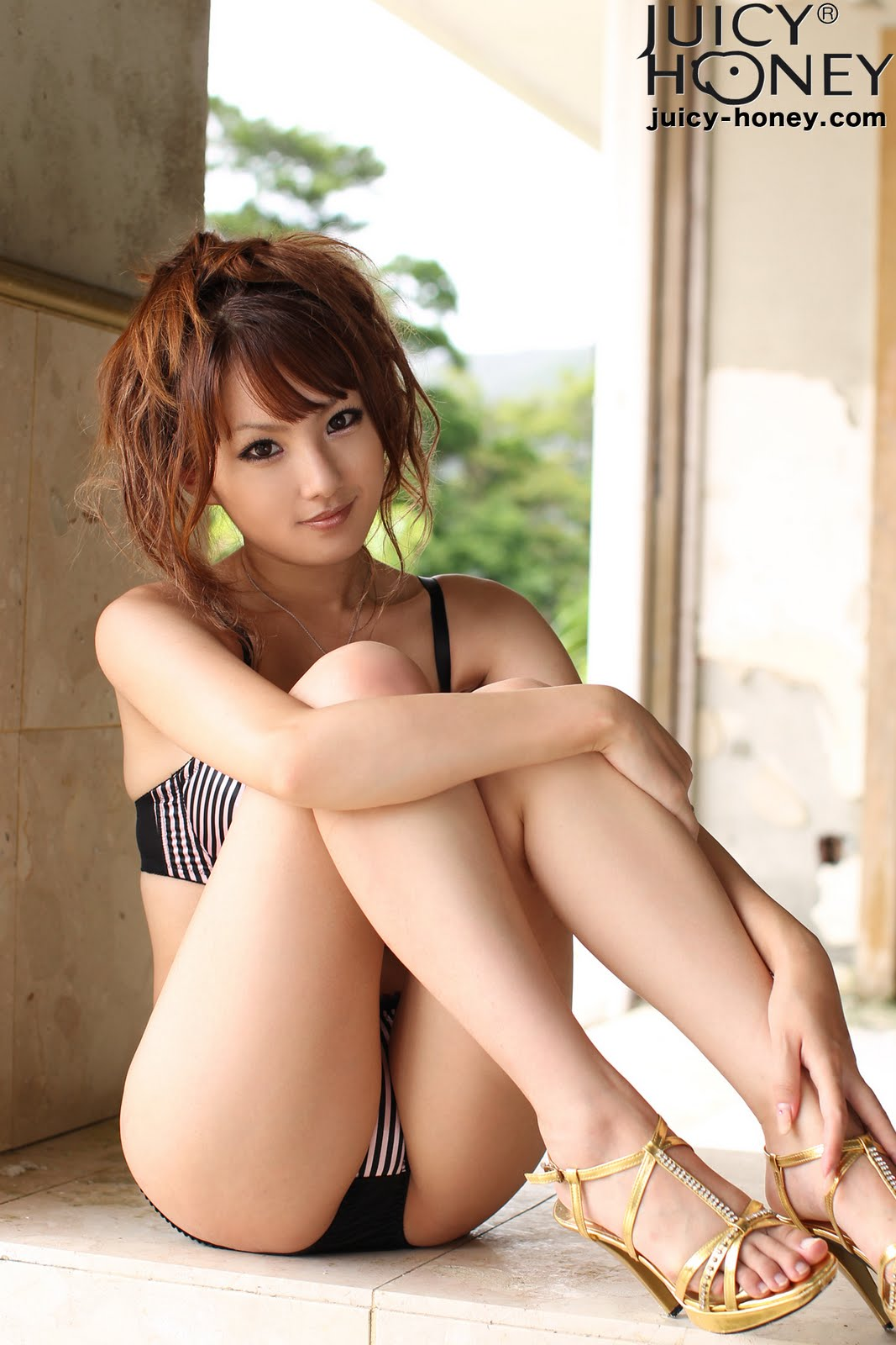 sexy japanese girls nude feet