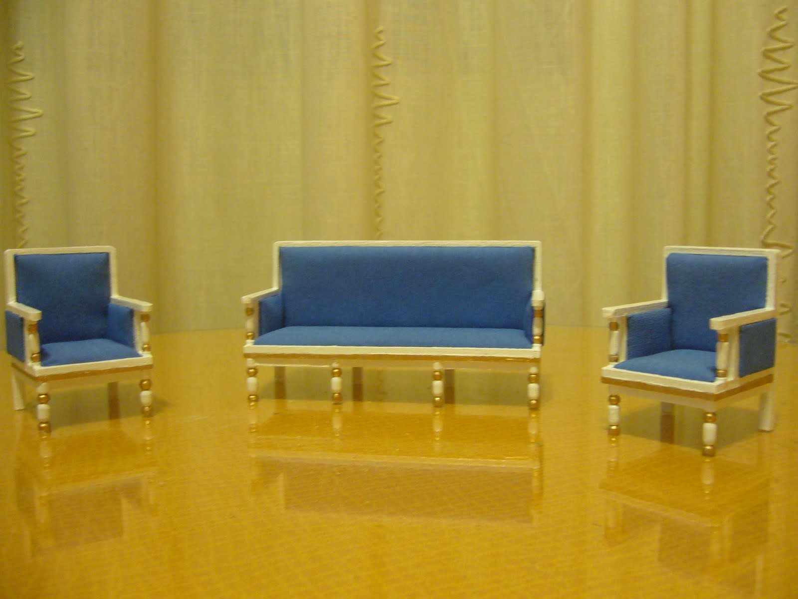 El rincon de los deseos muebles en miniatura for Muebles el tresillo