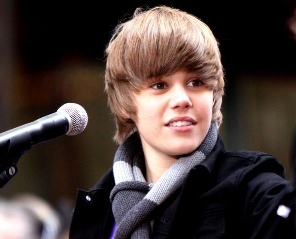 justin bieber new haircut photo shoot. justin bieber old haircut and