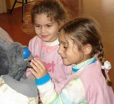 Pichón con nenas