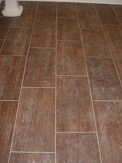 Bathroom Tile on First A Dream  My Bathroom Tile Looks Like Wood