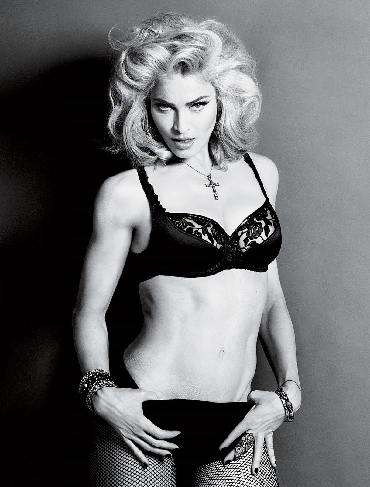 http://2.bp.blogspot.com/_uppBcPZcTUA/TFEEb0S3FyI/AAAAAAAAAlI/oeFpdRr3A9I/s1600/2010+-+Madonna+by+Alas+%26+Piggott+for+Interview+-+09.jpg
