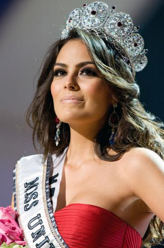 Miss Universe 2010 Jimena Navarrete : Wiki, Photos & Biography