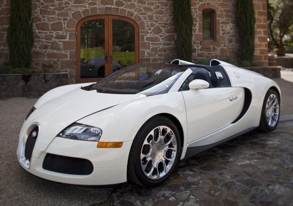 bugatti veyron to launch in india with 12 crore price on. Black Bedroom Furniture Sets. Home Design Ideas