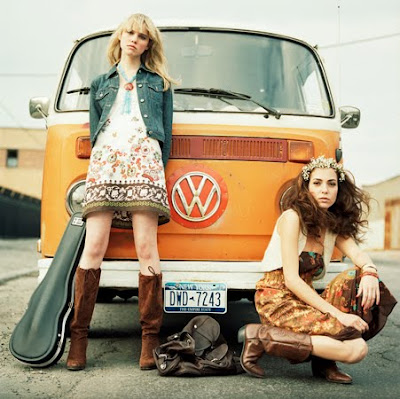 hippie%2Bgirls.jpg